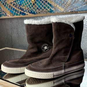 Brown suede high top Converse sneaker boots!